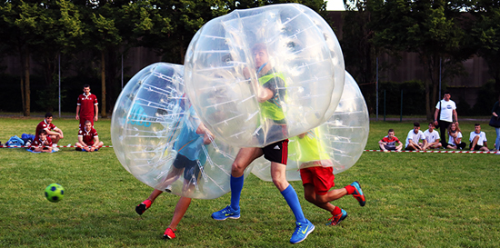 Partite tra amici a Bubble Football